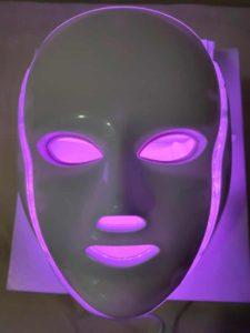 Máscara led facial: terapia fotodinámica