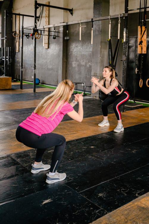 ejercicios para eliminar la celulitis sentadillas